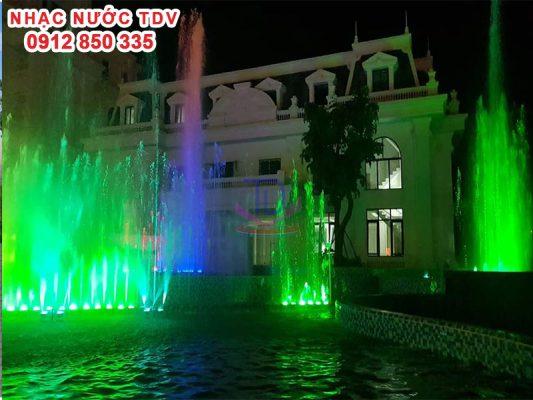 Nhạc nước khách sạn Hoàng Nhâm 1