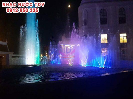 Nhạc nước khách sạn Hoàng Nhâm 3