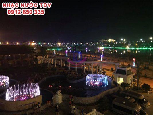 Nhạc nước khách sạn Hoàng Nhâm 8