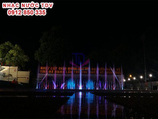 Nhạc nước quảng trường 26/3 TP Hà Giang 16