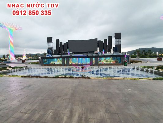 Nhạc nước quảng trường biển KĐT Phương Đông 11
